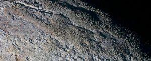 NASA, 500 metre yüksekliğinde Pluto'da dev buz kuleleri keşfetti